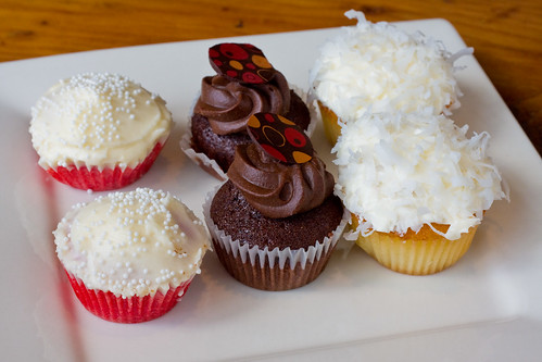 Mini-cupcakes, Astor Bake Shop