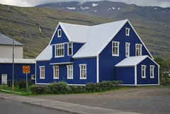 Islanda (Andrews_71) Tags: house iceland colore tetto sheep case chiesa porto lamb terra fuoco nord fiordo isola ghiaccio pecore cascata islanda capre peschereccio seyoisfjorour