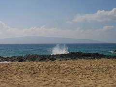 Wave Breaking On Lava Rocks (stu_macgoo) Tags: ocean hawaii lava sand scenery waves maui makena makenacove