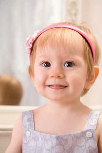 [フリー画像] 人物, 子供, 少女・女の子, 赤ちゃん, 201010090700