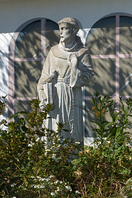Sugar Creek Vineyards and Winery, in Defiance, Missouri, USA - statue of Saint Francis of Assisi