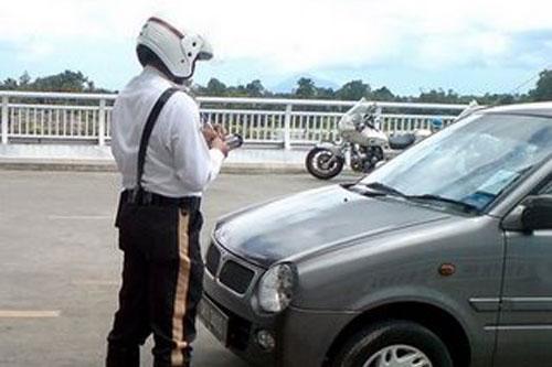5066978052 973efc1616 (Video) Saman Polis. Kisah Amoi Yang Biadap!!