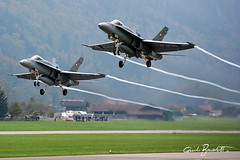 "two F-18C Swiss Air Force (Guido ""Weedo"" Benedetto) Tags: fighter force swiss aircraft military air flight formation takeoff guido luft 2010 luftwaffe benedetto rwy axalp f18c multirole f1o meringen kaverne guidobenedetto axalp2010"
