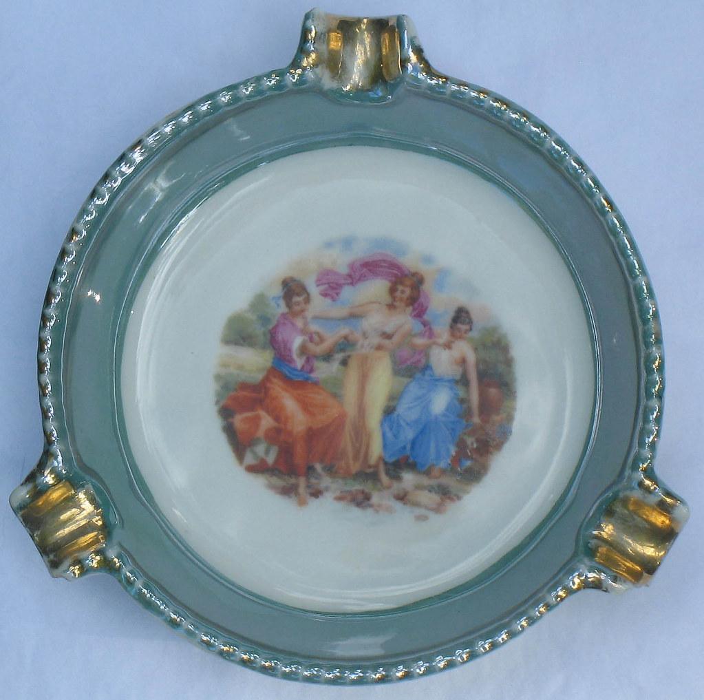 Green Czech Lusterware Ashtray Dish Porcelain Vintage Shabby Czechoslovakia