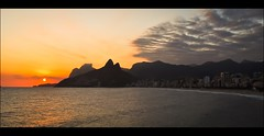 Pr-do-sol - Arpoador 1 (brunocosta85) Tags: travel sunset brazil sky sun art sol praia beach rio riodejaneiro clouds de do day janeiro arpoador dois irmos pr pedradagavea nikond5000