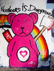 Nounours is Dangerous (l3enjamin) Tags: bear street streetart art topf25 rose topv111 graffiti photo yahoo interestingness dangerous rainbow topf50 topv555 topv333 topf75 paint flickr ben tag graf topv999 coeur dessin peinture teddybear hearth topv hache benjamin tnt rue flick nantes 44 arcenciel ours nounours photographe artderue naoned 44000 bisounours peindre flickraward geocity camera:make=canon exif:make=canon exif:iso_speed=100 exif:focal_length=6mm geostate geocountrys exif:model=canonpowershots90 camera:model=canonpowershots90 exif:lens=60225mm exif:aperture=ƒ40
