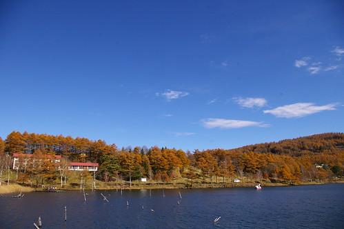 秋の女神湖