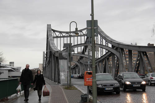 BerlinGrey_Bridge