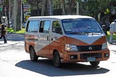 Tijuana Taxi (So Cal Metro) Tags: nissan cab taxi bcn bajacalifornia baja tijuana van tj taxicab urvan