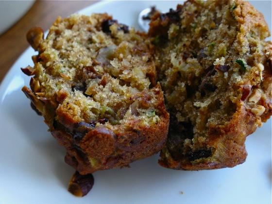 zucchini muffins 005