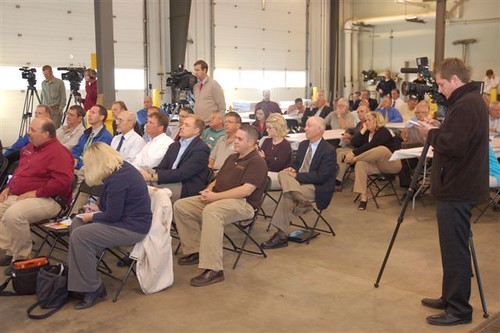 A press conference was held last month at Sioux Valley Energy, announcing  start of construction of a project to produce electricity from wind turbines.