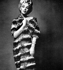 Marilyn Monroe (Famous Fashionistas (First)) Tags: marilynmonroe vogue 1960s 1962 bertstern vintagefashion vintagemagazine 1960sfashion