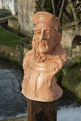 Jean de Bthencourt (zigazou76) Tags: sculpture jean rouen marc terre pont histoire jeanmarc buste pltre personnalit uvre explorateur depas navigateur boieldieu bthencourt