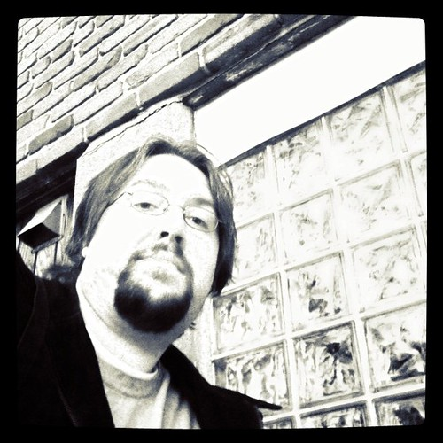 Trying the @ChrisMaverick self photo trick