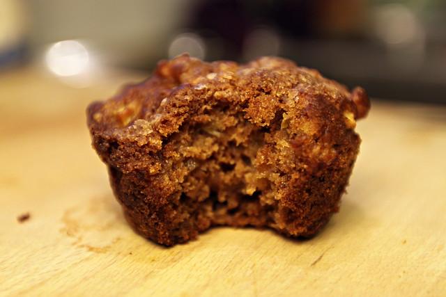 Apple pie- crumb cake muffins