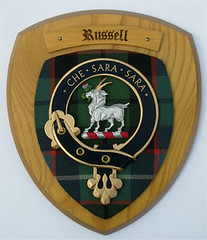 Clan Russell Plaque
