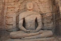 - Polonnaruwa, Kalu Gal Vihara - (dcem) Tags: bouddha srilanka polonnaruwa serendib 400d canonefs1855mm3556