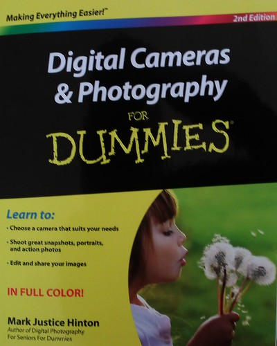"Digital Cameras & Photography for Dummies 2nd edition book cover • <a style=""font-size:0.8em;"" href=""http://www.flickr.com/photos/10528393@N00/5211677959/"" target=""_blank"">View on Flickr</a>"
