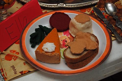 Thanksgiving Kids Table 03