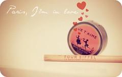 Day 354/365 (Tea&L.O.V.E.) Tags: stilllife paris love pencil eyeshadow 50mmf14 jetaime canon500d project365