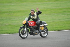 Matchless G50 500cc 1966 - Wayne Gardner - Barry Sheene Memorial Trophy (f1jherbert) Tags: england nikon memorial westsussex britain wayne meeting 1966 barry motorcycle trophy motorbikes goodwood gardner motorsport 2007 motorcycling matchless revival 500cc g50 goodwoodrevival sheene d80 nikond80 goodwoodmotorcircuit revivalmeeting d80nikon vintagemotorbikes motorcircuit goodwoodrevivalmeeting revival2007 goodwood2007 classicmotorbikes goodwoodrevival2007 barrysheenememorialtrophy goodwoodrevivalmeeting2007 goodwoodengland matchlessg50 goodwoodmotorsport goodwoodwestsussex chichesterwestsussex revivalmeeting2007 matchlessg50500cc1966 matchlessg50500cc1966waynegardner matchlessg50500cc1966waynegardnerbarrysheenememorialtrophy