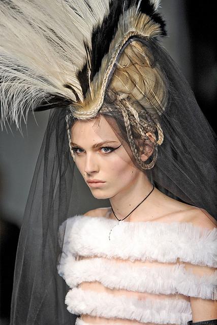 Andrej Pejic3137_Jean Paul Gaultier Couture(elle com)