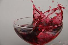 (manateetiti) Tags: macro water glass speed 35mm high nikon wine juice flash grape 18200mm d40 manateetiti