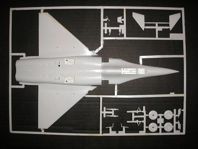 Dassault Rafale A [Heller réf. 80421 et 60421] 5446603958_8a31a60b61_z