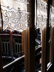 La Pedrera (Casa Milà). (paulaaiglesiaas) Tags: lapedrera casamilà antoniogaudí gaudí modernismo modernisme modernism beauty barcelona cataluña arte art