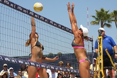 Misty May-Treanor / Lisa Rutledge @ AVP Long Beach 2010 (Veger) Tags: california sports sport canon outdoors athletics outdoor beachvolleyball telephoto longbeach volleyball 70200 mistymay avp canon70200f4l rutledge canon70200 mistymaytreanor provolleyball mistymayvolleyball professionalvolleyball lisarutledge mistymay2010 avp2010 mayvolleyball maytreanorvolleyball mistymayavp longbeachmistymay longbeachmaytreanor mistymaytreanoravp maytreanoravp misty2010 maytreanor2010 avplongbeachvolleyball avplongbeach longbeachavp lisarutledgeavp lisarutledgelongbeach lisarutledgevolleyball rutledgeavp lisarutledge2010