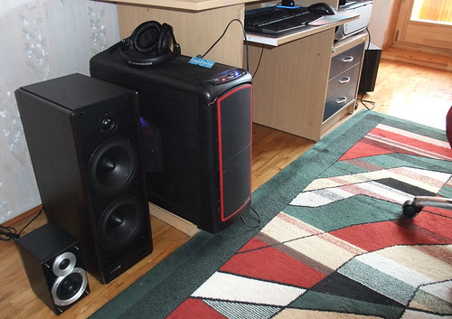 Microlab Solo 7C: PC 2.0 audio sistemos apžvalga