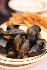 Sly's - mussels and fries