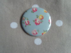 Cath Kidston Mini Rose on Grey (Lilies and Daisies) Tags: magnets badges compactmirrors