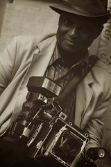 Louis Mendes (glasseyepictures) Tags: park street camera new york city nyc portrait classic apple sepia vintage square lens photography prime louis big nikon mod photographer graphic antique flash union 85mm gear icon equipment telephoto fixed 14th nikkor custom mendes d90 14d