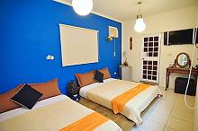 蔚藍側屋四人房