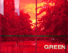 red sky green (Max Nathan) Tags: park leica city trees red urban reflection green london art sign architecture silver square cities plastic hydepark transparent railings serpentine pavillion westlondon lawns serpentinegallery londonist jeannovel
