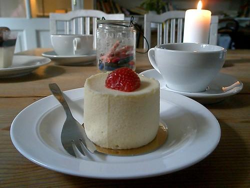 Vaniljframboise med jordgubbe