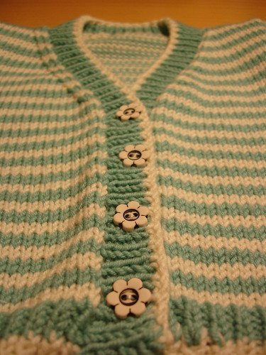 baby stripe 1 buttons 003