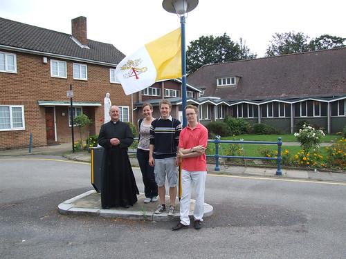 papal flag 016