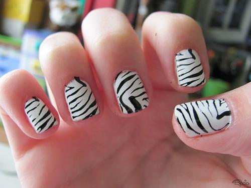 Zebra printed nails: take 2!