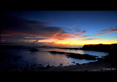 Last Light (Dolly MJ) Tags: light sunset sky sun color beach water long expose borneo kotakinabalu redsky sabah cloudformation kk longexpose lastlight beautifulsunset nowaves slowwater colorfulclouds northborneo putatan movingsky kotakinabalusunset sabahsunset sabahanphotographer borneosunset telukvilla beautifulkk