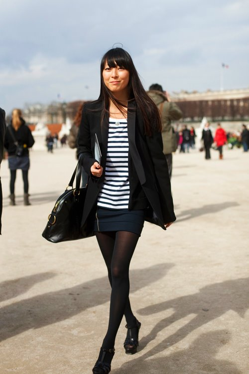 Sartorialist-navy-black, wearing black and navy blue