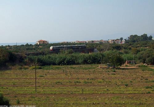 ose (ferrovie greche) complesso 6501 sul ponte di kalo nero