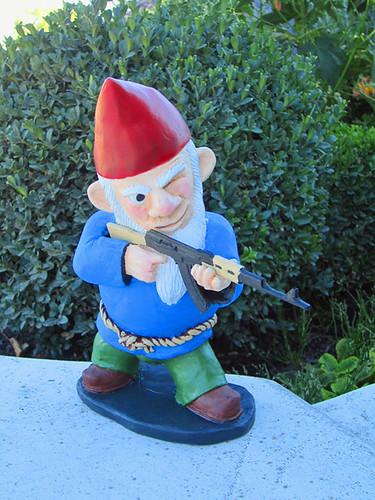 Combat Garden Gnomes 006