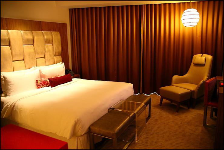 hard-rock-hotel-room