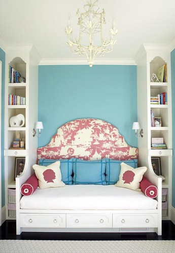 Massucco-Warner-Miller-girls-bedroom-2