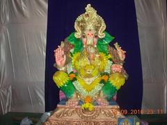 Matunga Ganesh 2010 (Rahul_shah) Tags: ganesh mumbai ganapati visarjan 2010 ganpati lordganesh matunga lalbaug ganeshotsav ganeshchaturthi ganeshvisarjan ganeshutsav ganeshfestival kingcircle gajanan girgaonchowpatty ganraj
