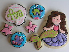 Mermaid cookies (East Coast Cookies) Tags: fish cookies seashells starfish mermaid underthesea royalicing decoratedcookies fishcookies starfishcookies seashellcookies pinkandgreencookies mermaidcookies undertheseacookies