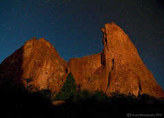 Starry Night - Garden of the Gods (Dwood Photography) Tags: night garden stars star colorado gardenofthegods springs coloradosprings gods shooting starry 2010 coloradosprings2010 dwoodphotography dwoodphotographycom