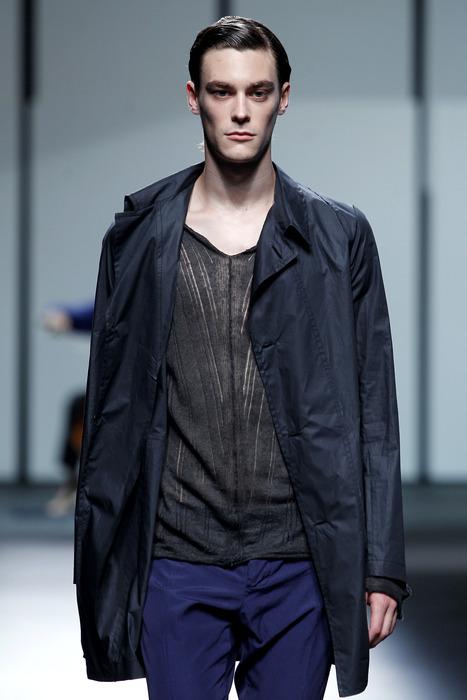 Jonas Kesseler3148_SS11_Barcelona_Albino Deuxieme(curvaLL@mh)